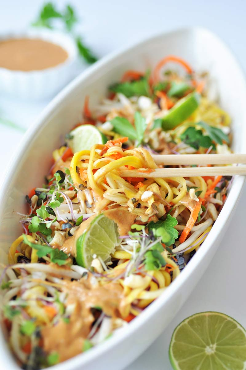 Raw Super Sprouts Pad Thai with Spicy Peanut Sauce
